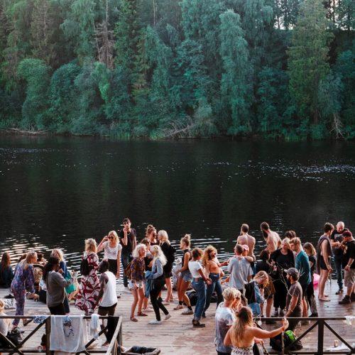 crowed lake